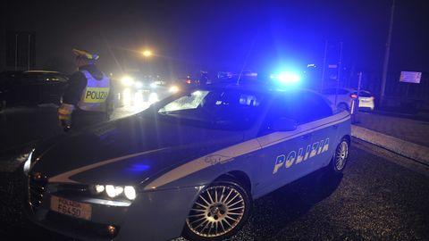 """Operazione di Polizia Giudiziaria denominata  """"Black Sisters"""": arresti a Porto Recanati, gli agenti della"""