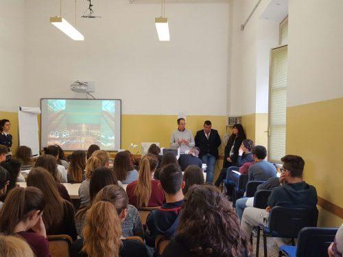 Giornata internazionale contro la  violenza sulle donne: la Polizia ha incontrato gli studenti