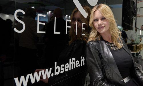 Le novità B-SELFIE presentate a Cosmoprof